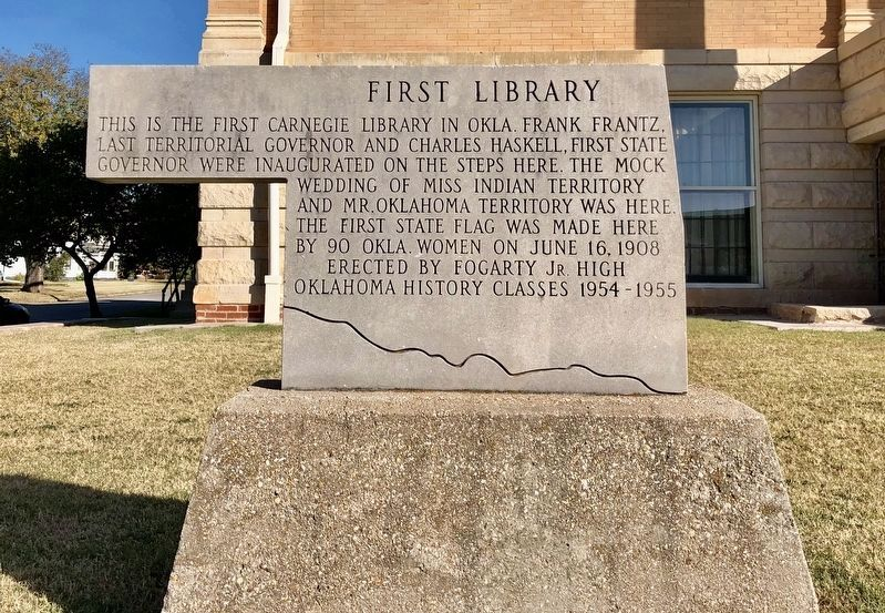 Stone marker noting this was the first Carnegie library in Oklahoma. image. Click for full size.