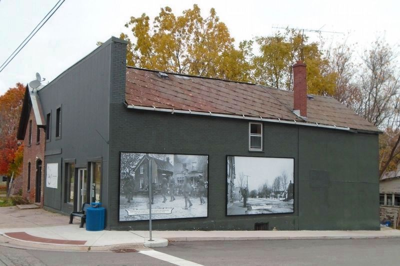 First World War Memorial and Main Street Photo Murals image. Click for full size.
