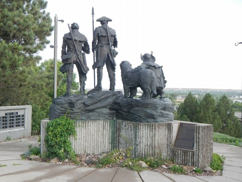 Explorers at the Portage Statue and Marker image. Click for full size.