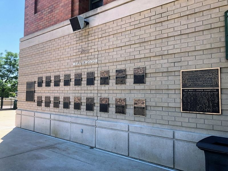 Milwaukee Braves Wall of Honor image. Click for full size.