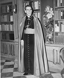 Archbishop Fulton J. Sheen image. Click for full size.