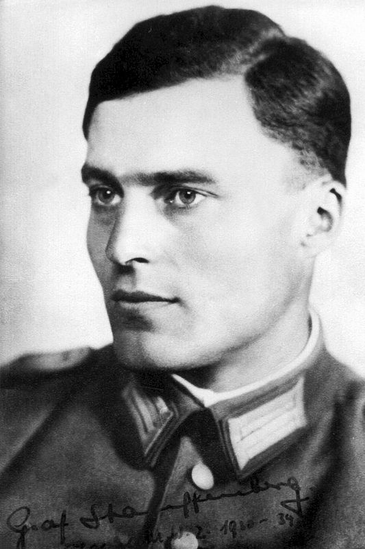Portrait of Claus Schenk Graf von Stauffenberg (1907-1944) image. Click for full size.