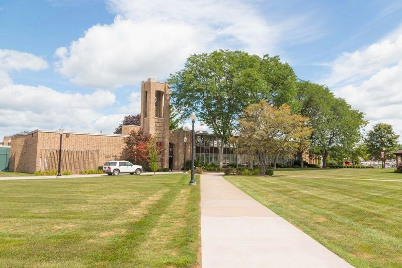 Walsh University Campus – East Quad image. Click for full size.