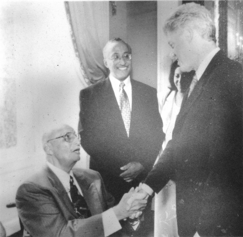 Marker detail: Oliver White Hill and President Bill Clinton image. Click for full size.