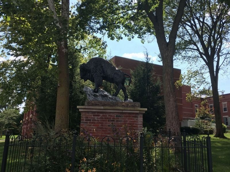 Another view of the Bison statue image. Click for full size.