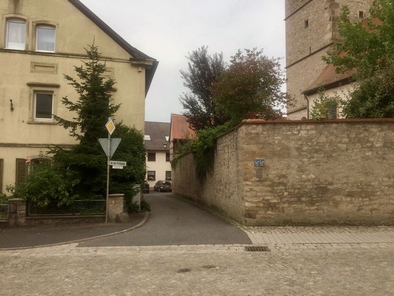 "An den Kirchgaden / ""At the Church Hall"" Lane Marker - wide view image. Click for full size."