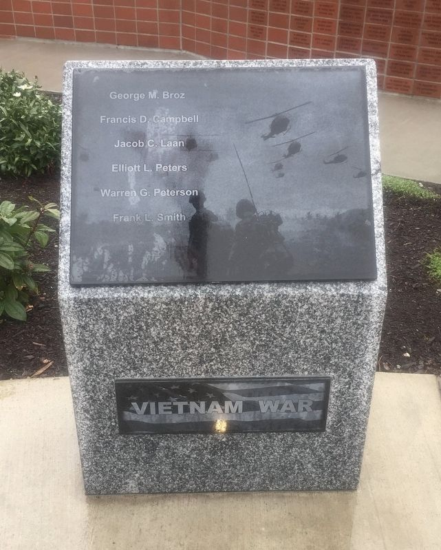 Stanwood Area Historical Society Veterans' Memorial image. Click for full size.