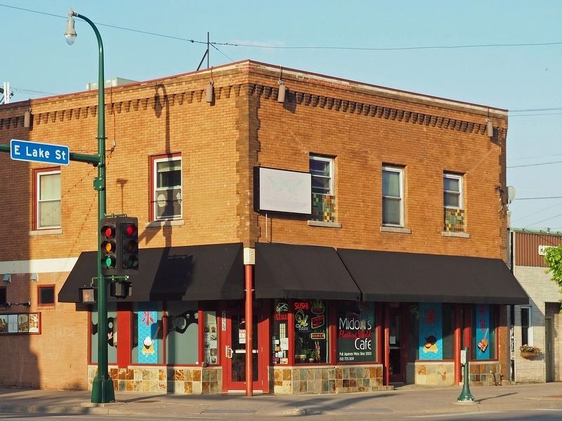 The Minnehaha Grill building, now Midori's Floating World Café image. Click for full size.