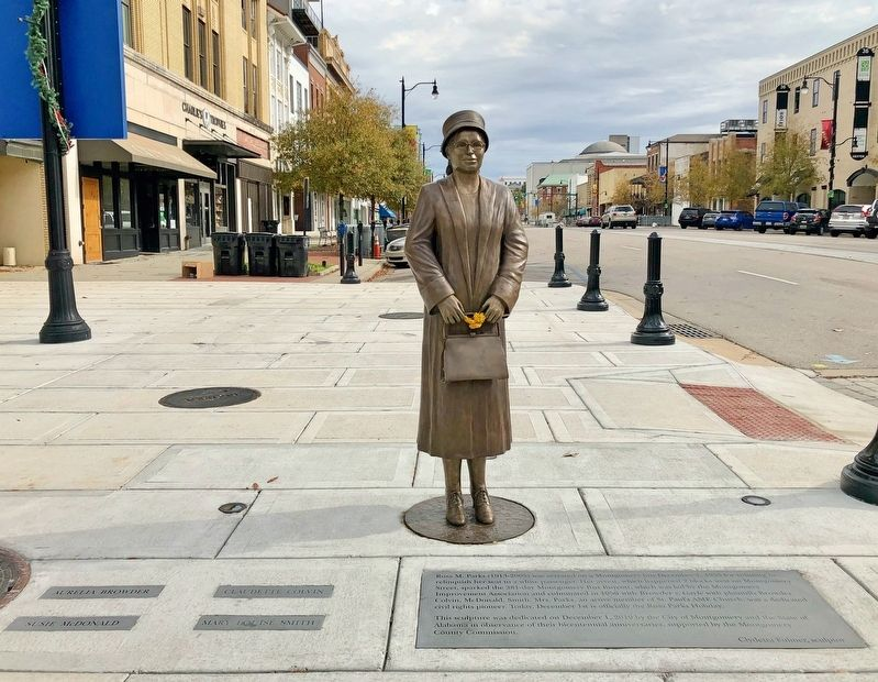 Rosa Parks Statue and Marker looking east on Dexter Avenue towards the State Capitol. image. Click for full size.