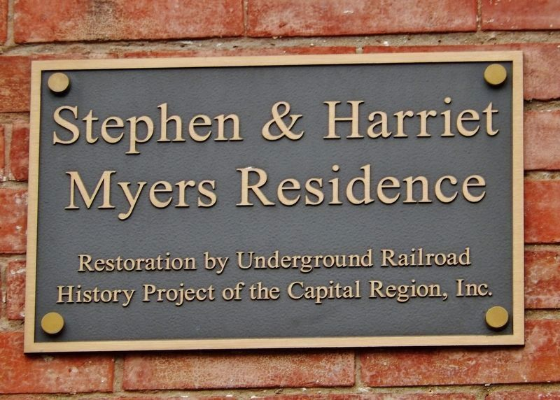 Underground Railroad History Project Plaque<br>(<i>mounted just left of the entrance</i>) image. Click for full size.
