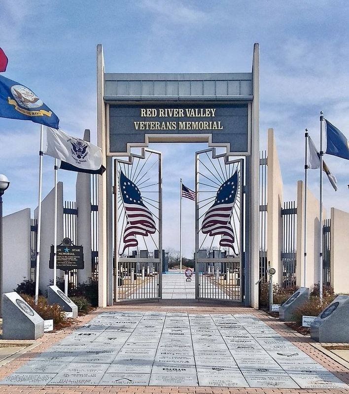 Entrance to the Red River Valley Veterans Memorial. image. Click for full size.