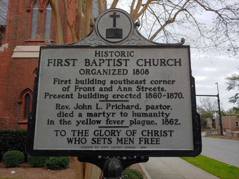 Historic First Baptist Church Marker image. Click for full size.