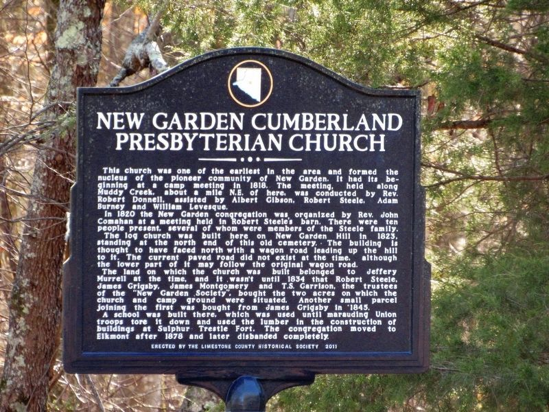 Old New Garden Cemetery / New Garden Cumberland Presbyterian Church Marker image. Click for full size.