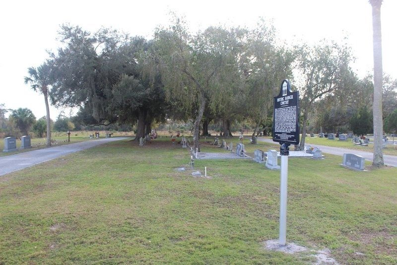 Historic Basinger Cemetery Marker looking south image, Touch for more information
