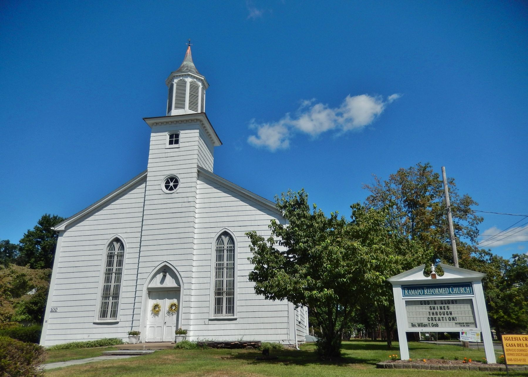 Ramapo Reformed Church image. Click for full size.