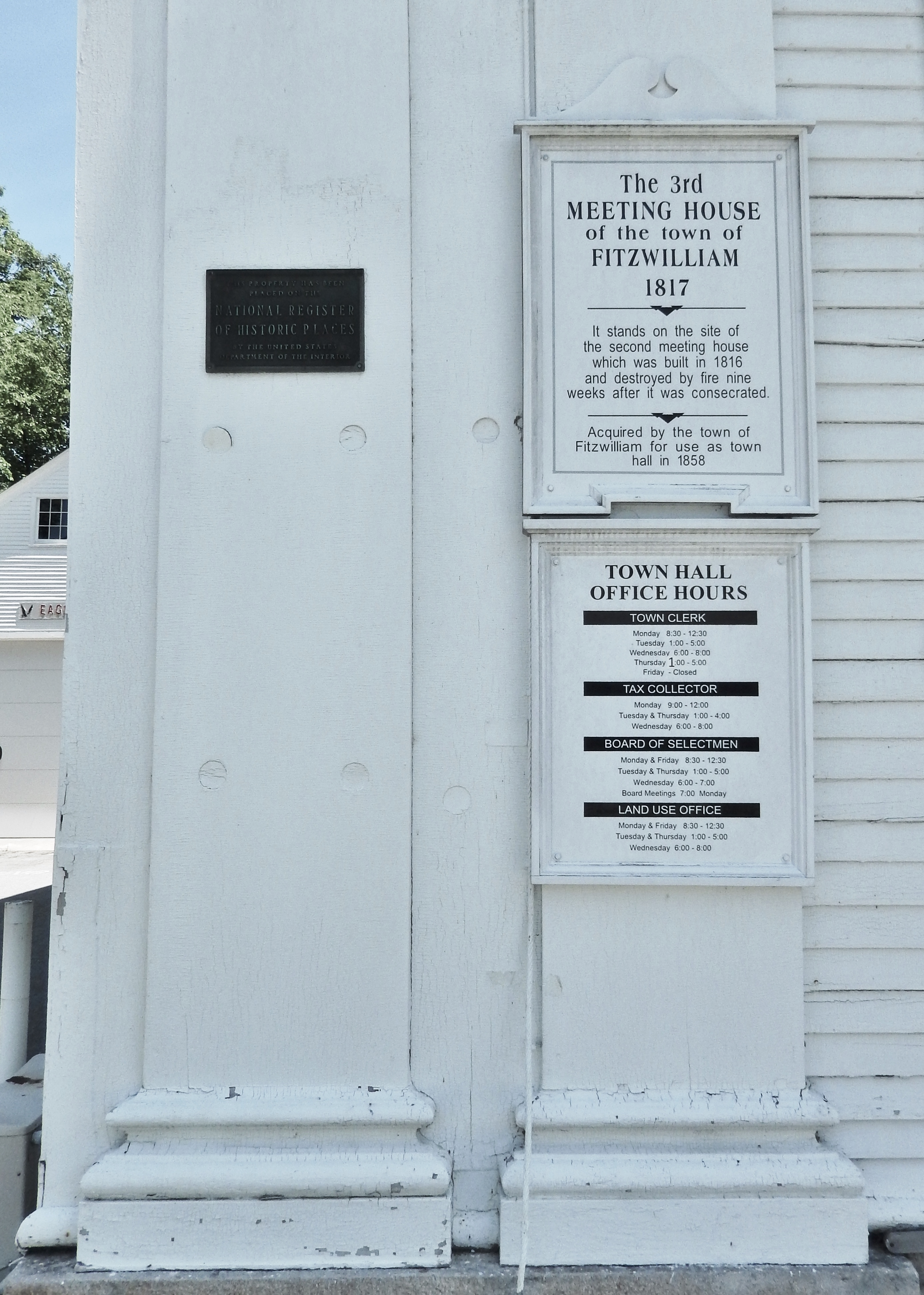 The 3rd Meeting House of the Town of Fitzwilliam Marker
