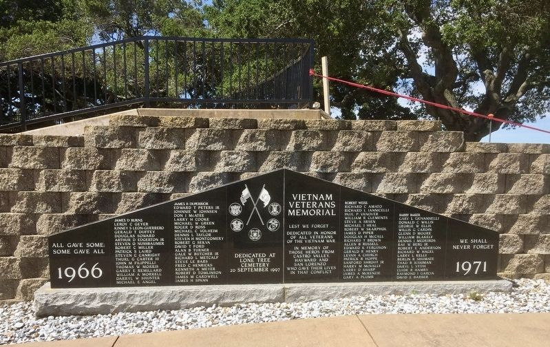 Lone Tree Cemetery Vietnam War Memorial image. Click for full size.