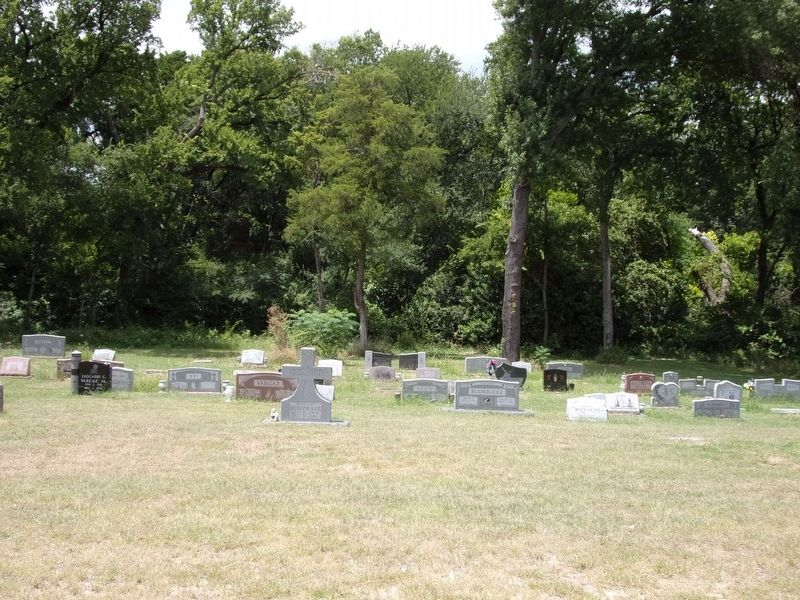 Five Mile Cemetery image. Click for full size.