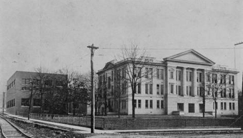 Chattanooga Central High School image. Click for full size.