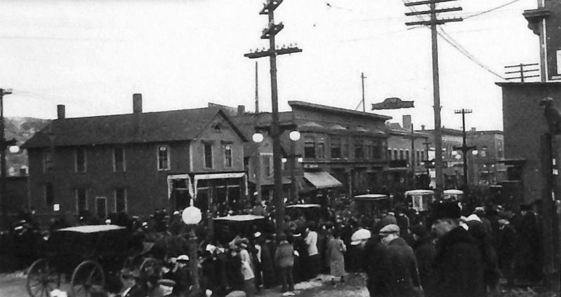 Marker detail: Funeral at the West end of Shelden Avenue, c.1920 image. Click for full size.