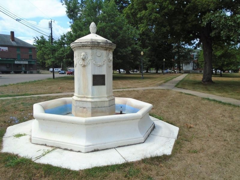 Davenport Fountain and Marker image. Click for full size.