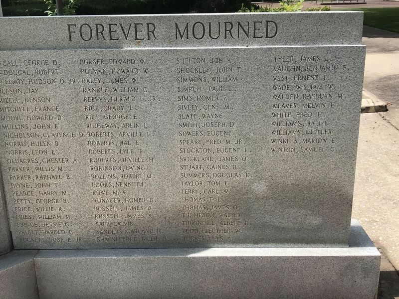 Morgan County World War II Memorial image. Click for full size.