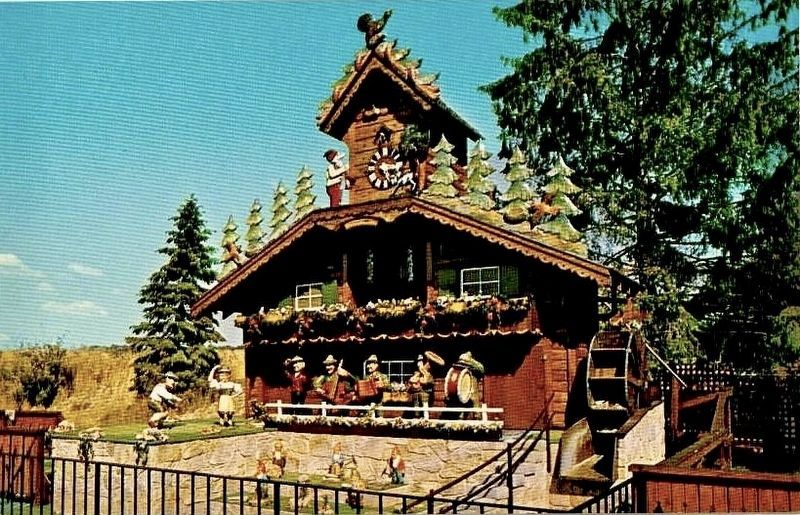 70's era postcard view of the Giant Cuckoo Clock in Wilmot (i.e., prior to relocation) image. Click for full size.