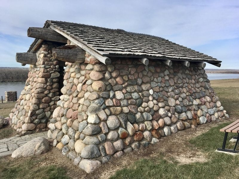Fieldstone shelter at Double Ditch image. Click for full size.