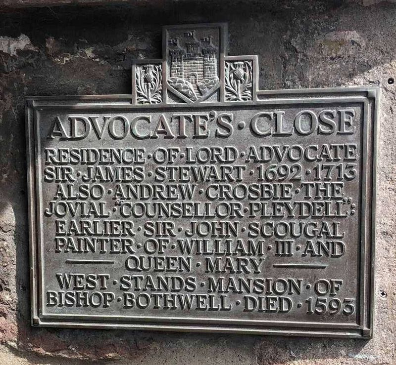 Advocate's Close Marker image. Click for full size.
