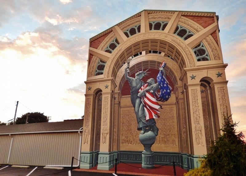 Liberty Remembers Mural image. Click for full size.