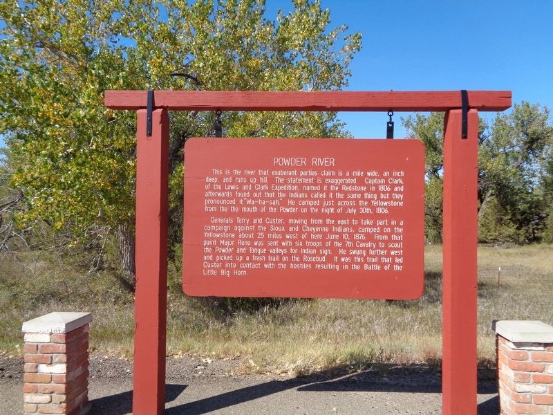 Powder River Marker image. Click for full size.