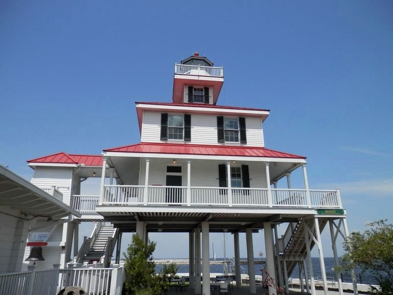 New Basin Canal Lighthouse Museum image. Click for full size.