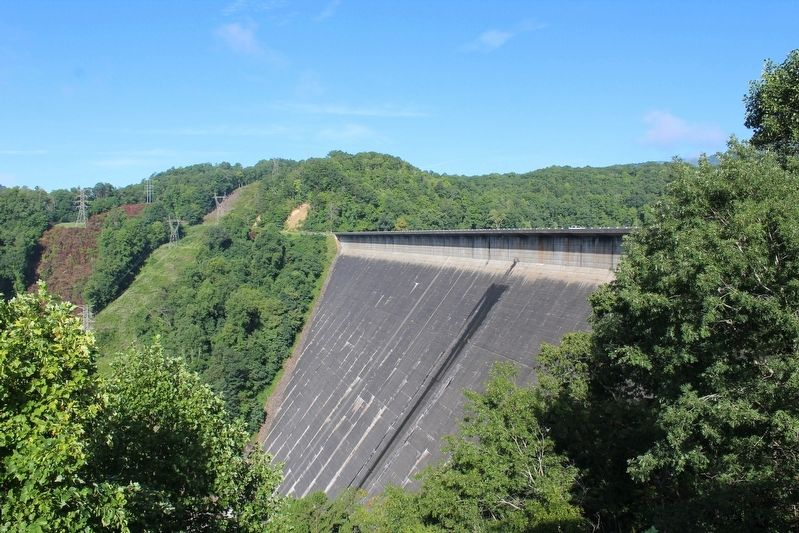 Fontana Dam image. Click for full size.