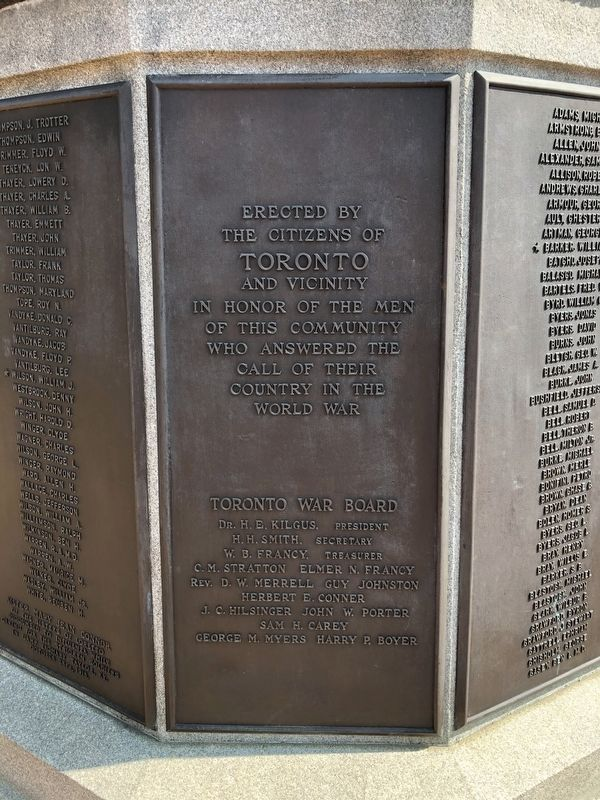 Toronto World War Memorial image. Click for full size.