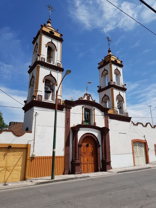 The nearby Rectoría de Nuestra Señora de Guadalupe image. Click for full size.
