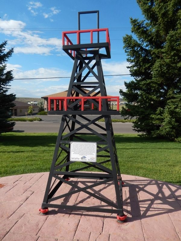 Oil Derrick Marker image. Click for full size.