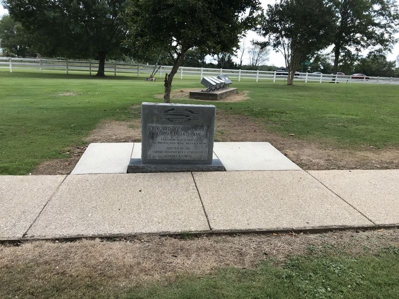 Alabama Combat Infantrymen Monument image. Click for full size.