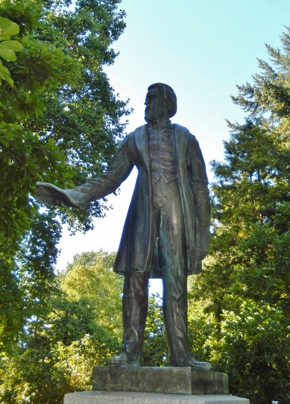 Rev. Jason Lee Statue image. Click for full size.