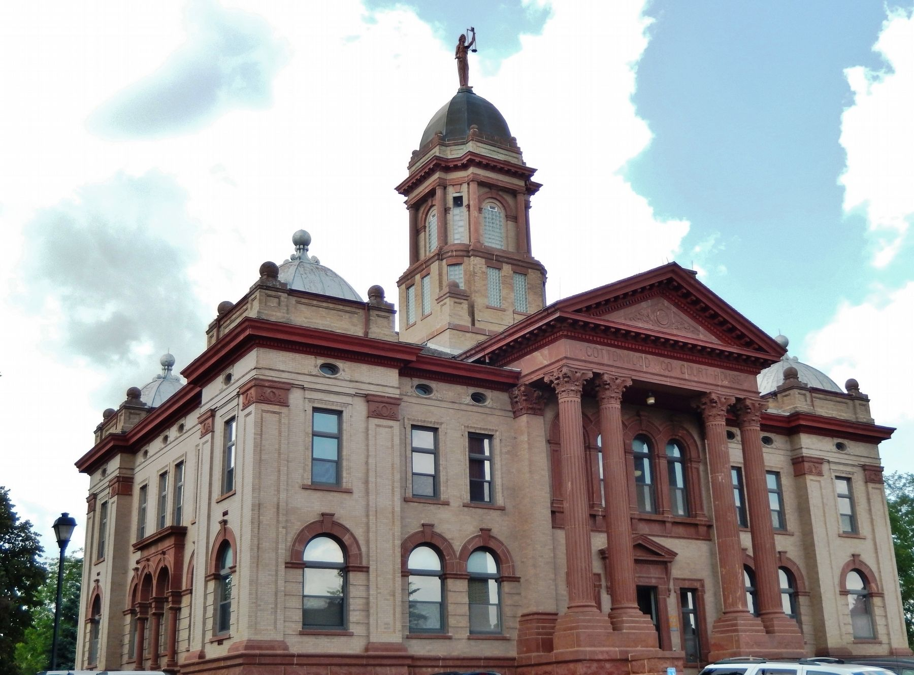Cottonwood County Courthouse (<i>southeast elevation</i>) image. Click for full size.