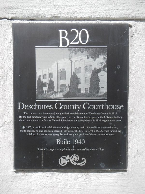 Deschutes County Courthouse Marker image. Click for full size.
