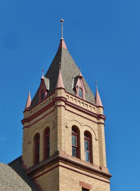 Kanabec County Courthouse Tower image. Click for full size.