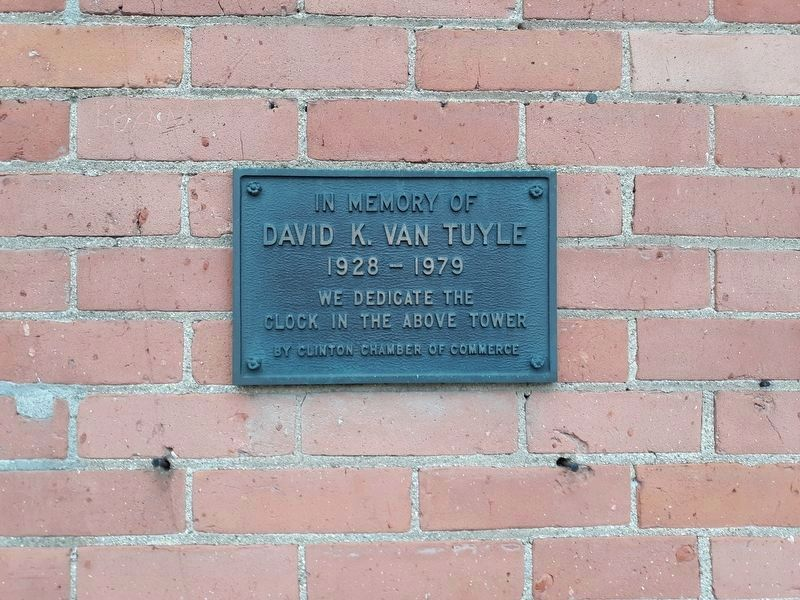 Nearby plaque for clock tower. image. Click for full size.