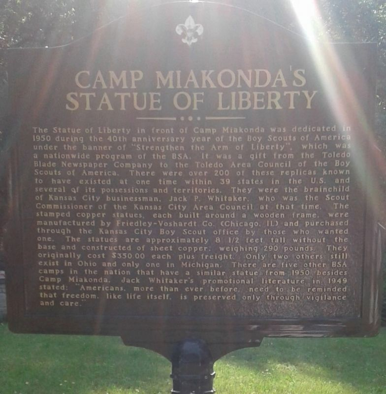 Camp Miakonda's Statue Of Liberty side of the marker image. Click for full size.