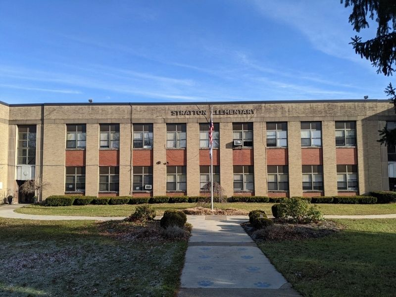 Stratton High School image. Click for full size.