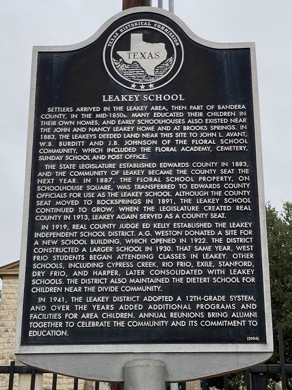 Leakey School Marker image. Click for full size.
