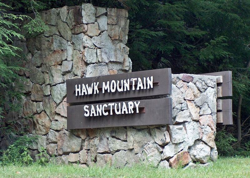 Hawk Mountain Sanctuary Entrance image. Click for full size.