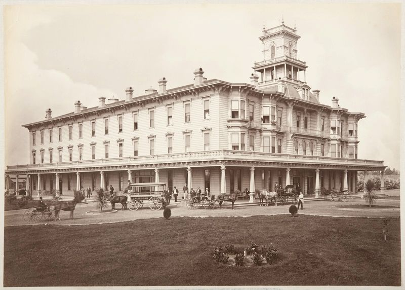 Arlington Hotel image. Click for full size.