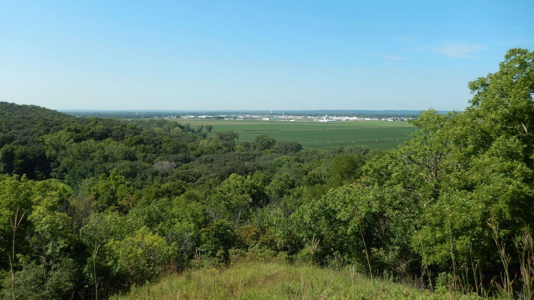 Loess Hills / Missouri River Valley image. Click for full size.