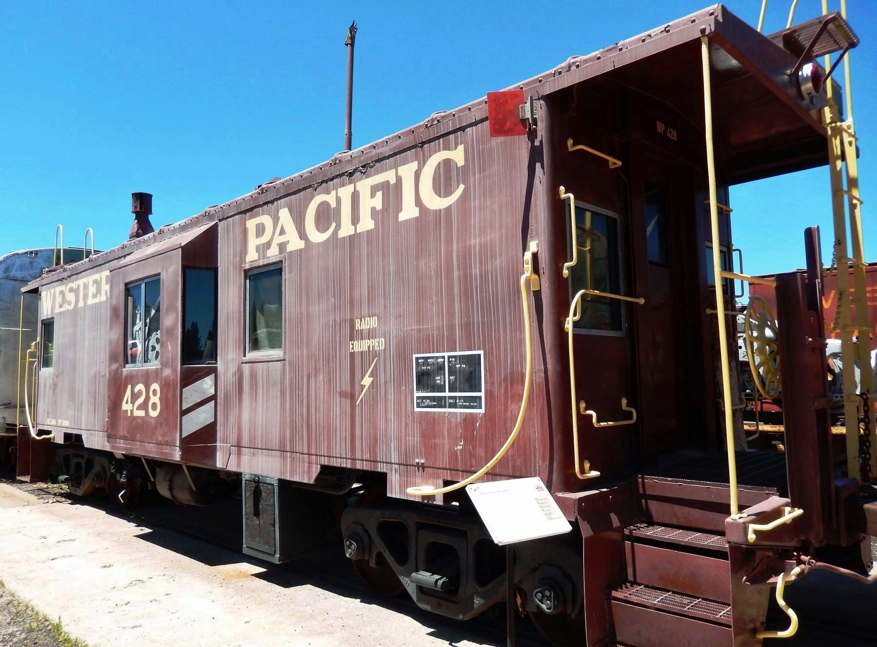 Western Pacific Caboose #428 & Marker image. Click for full size.