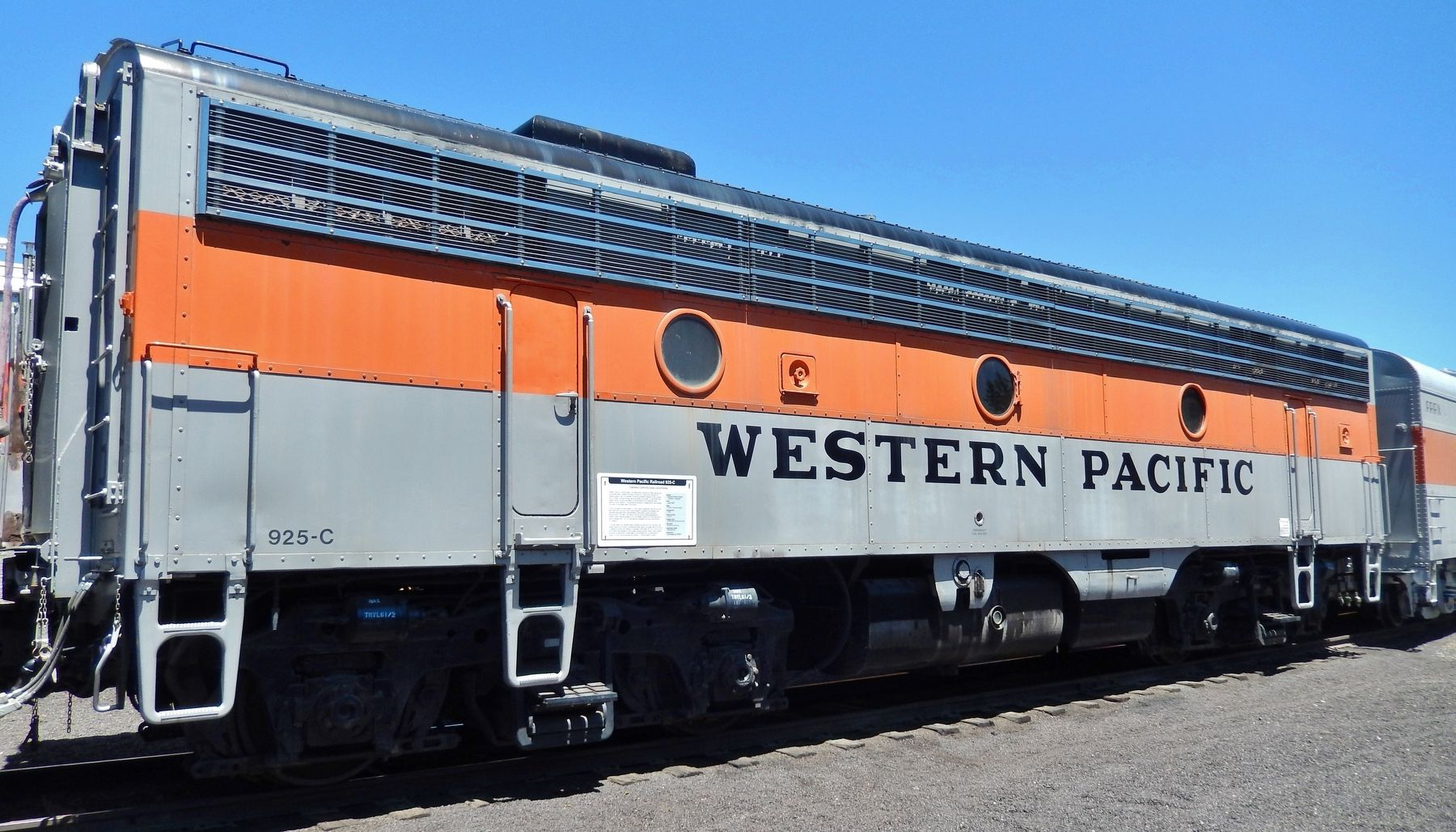 Western Pacific Railroad 925-C Marker image. Click for full size.